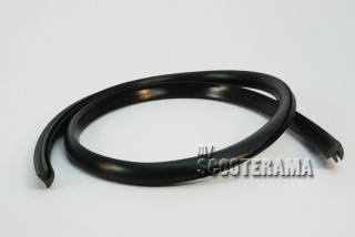 Profilé vendu au mètre - contour ailes noir Vespa Sprint, GTR, Sprint Veloce, Rally, PX