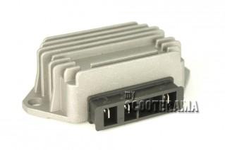 Regulateur de tension 3 broches - Vespa PX, PE, PK, PK XL - Modèle sans batterie ni clignotant
